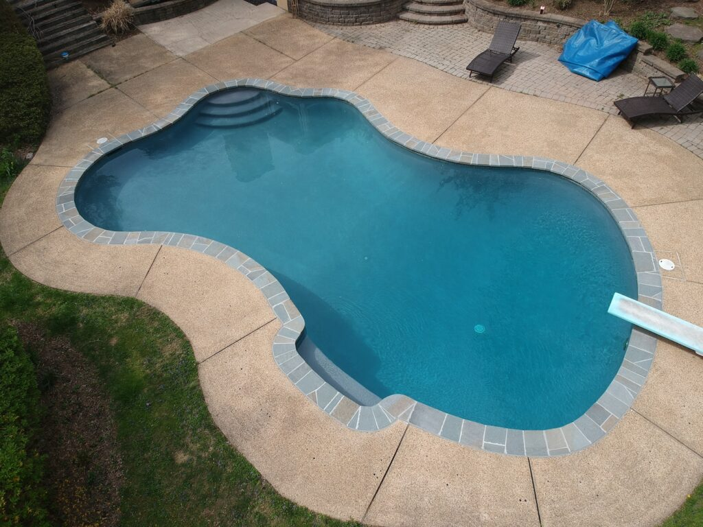 pool cleaning, maintenance and rehab